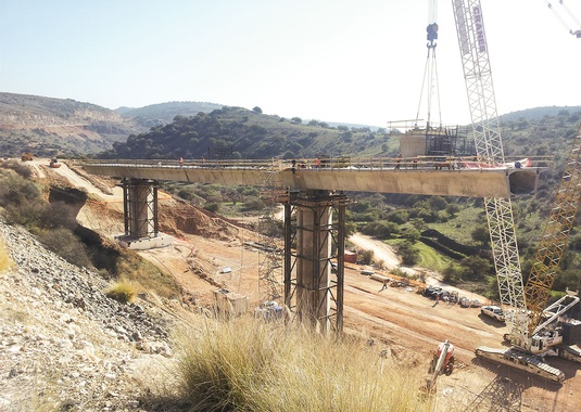 Amud bridge from the cantilever 5, last segment.(Photo Courtesy of Shikun & Binui - Solel Boneh Building & Infrastructure Ltd.)
